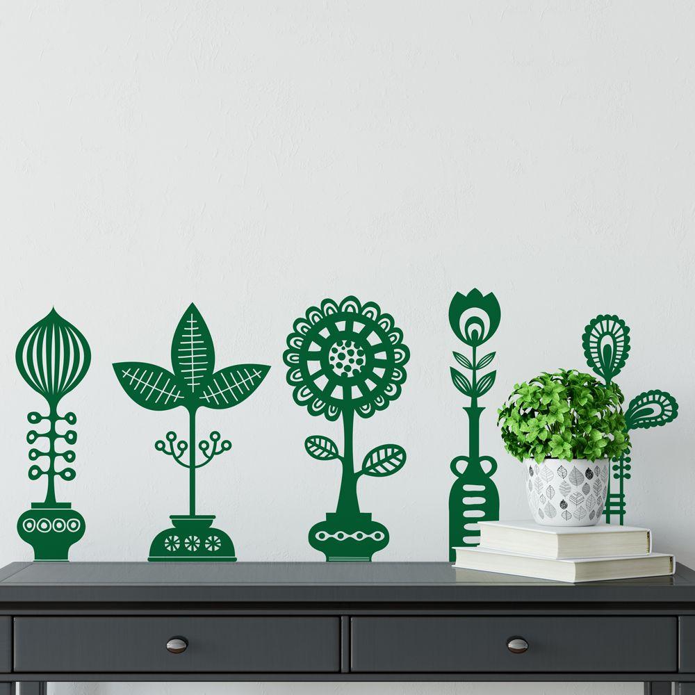 Изображение Пять цветов в пяти горшках