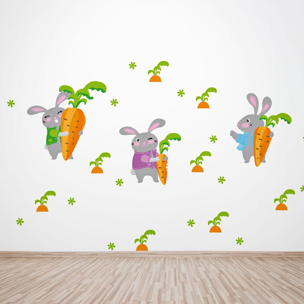 Изображение Зайцы на морковном поле