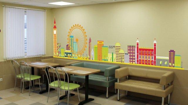 Изображение 2 - оформление стен школы иностранных языков