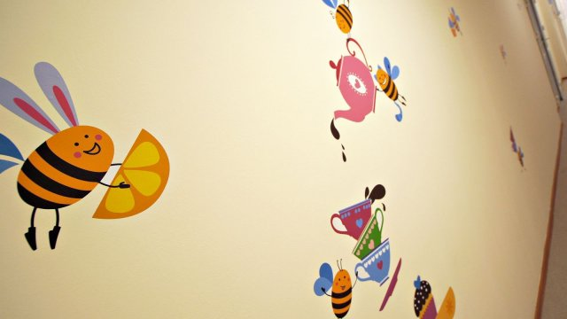 Изображение 7 - Оформления стен детского центра Улей
